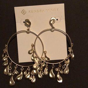 Gold Kendra Scott earrings